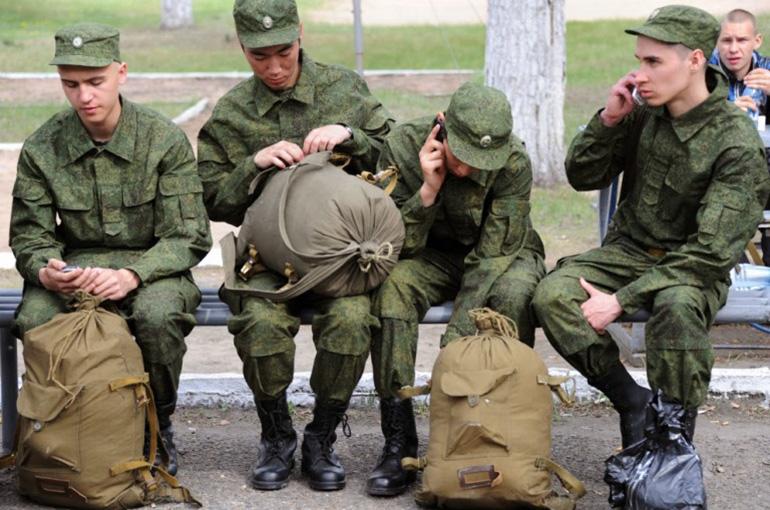Военнослужащий увольняется